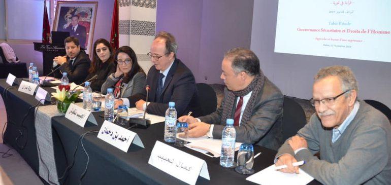 Table ronde sur la gouvernance sécuritaire et droits de l'homme: approche et leçons d'une expérience